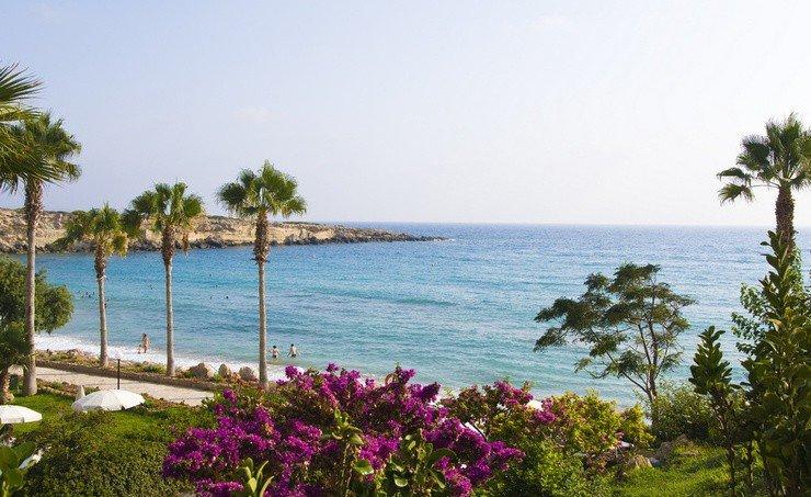 bbd70ca141881 Пляжи Кипра считаются одними из лучших во всей Европе, поэтому многие  туристы, желающие вкусить радостей пляжного отдыха на Средиземноморье, ...